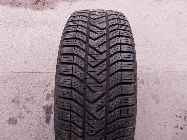 Opona zimowa 205/55R16 Pirelli SnowControl Serie 3 Winter 210