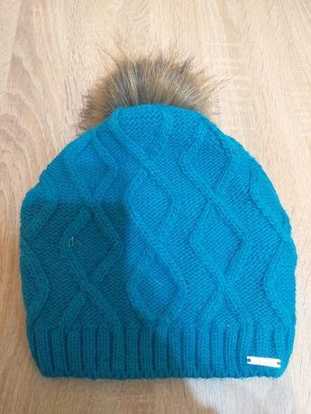Продам  три шапки за 150грн