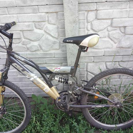 Велосипед горный спортивный