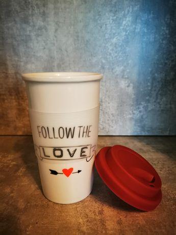 Kubek porcelanowy Follow The Love
