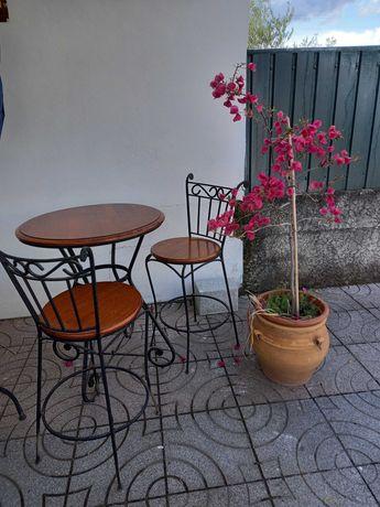 VISEU - Mesa alta com 2 cadeiras
