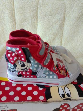 Фирменные стильные кроссовки, мокасины, кеды Disney Minnie Mouse.Новые