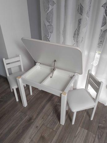 Stolik i 2 krzesełka drewniane białe, miekkie siedzisko,otwierany blat