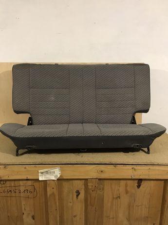 Задняя сидушка микроавтобуса   Tойота Хайс