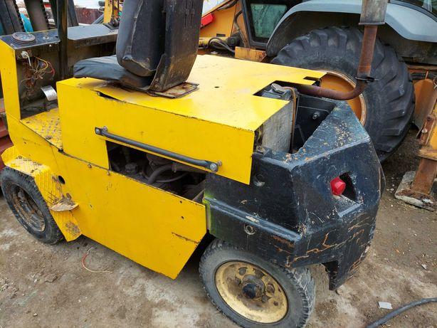 Wózek Widłowy Gpw Rak C330 Silnik Koła Bliźniacze Transport