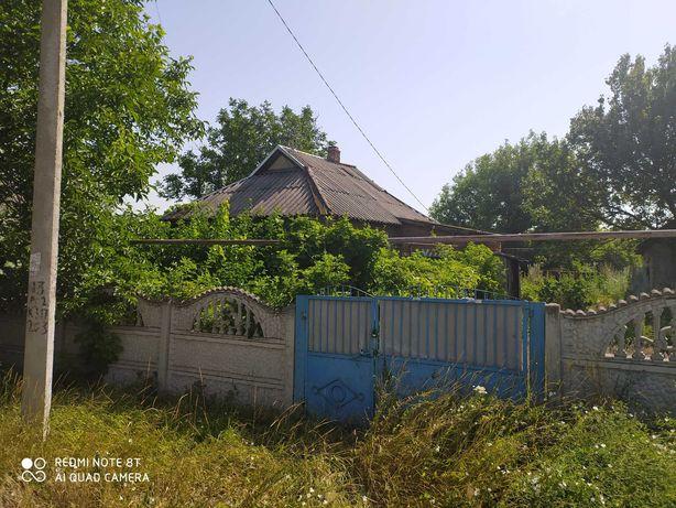Продам землю дом постройки,срочно.