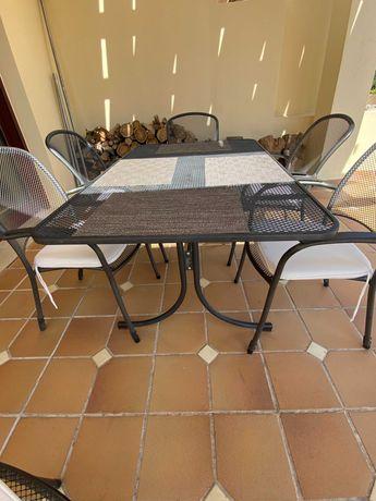 Conjunto de jardim Mesa e cadeira