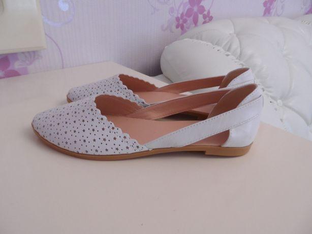 Балетки туфли босоножки кожаные Размер 39- 40