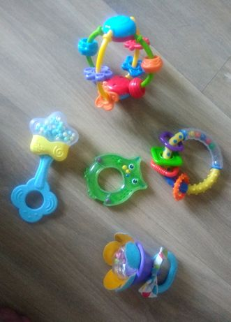 Zabawki grzechotki 5 szt