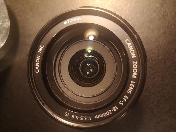 Obiektyw Canon 18-200 mm teleobiektyw