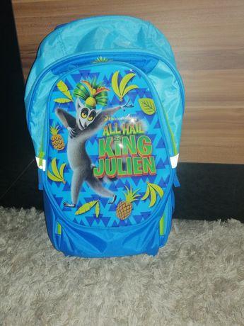 Plecak szkolny z kółkami i rączka
