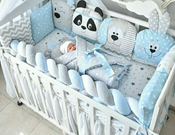 Продам защиту (бортики) в кроватку +косичку+подушка