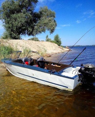 Човен Прогресс 4 після повної реставрації мотор Suzyki 40 к.с.