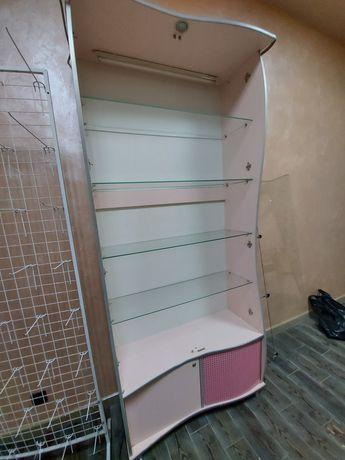 Шкаф торговый