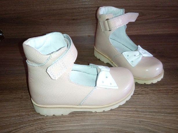 Лечебная ортопедическая обувь,ортопедические ботинки, босоножки