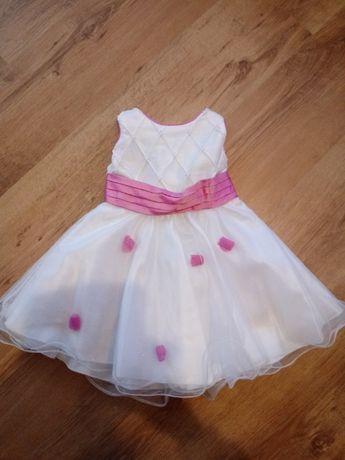 Biała sukieneczka na 3/4 lata