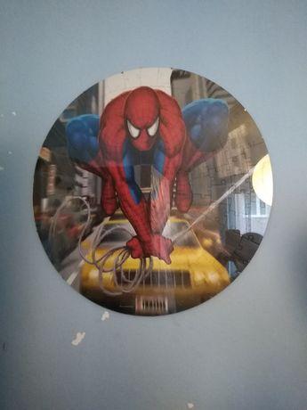 Puzzle 68cm w antyramie Spiderman