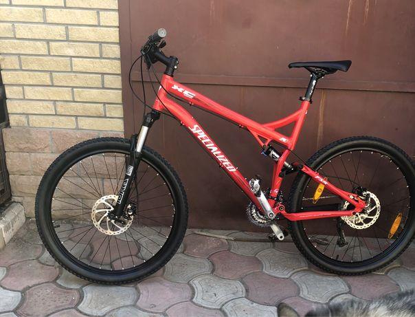 Велосипед двухподвес specialized