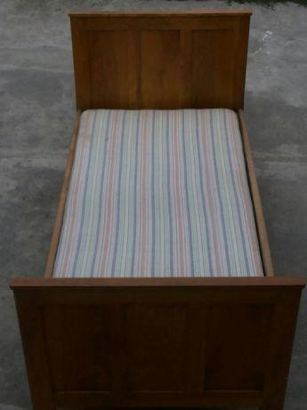 Ліжко дубове диван кравать матрас матрац