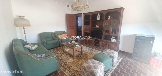 Apartamento T3 Arrendamento - Santa Joana