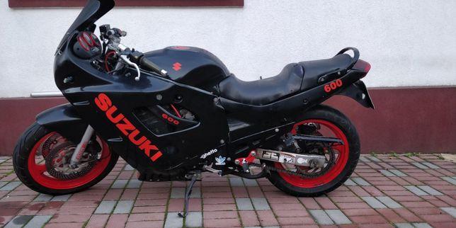 Suzuki Gsx 600 f
