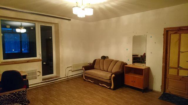 Сдам комнату в 3х комн квартире м малышева