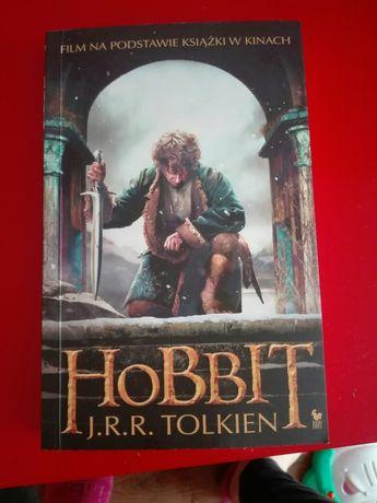 """Książka """"Hobbit"""" J.R.R. Tolkien"""