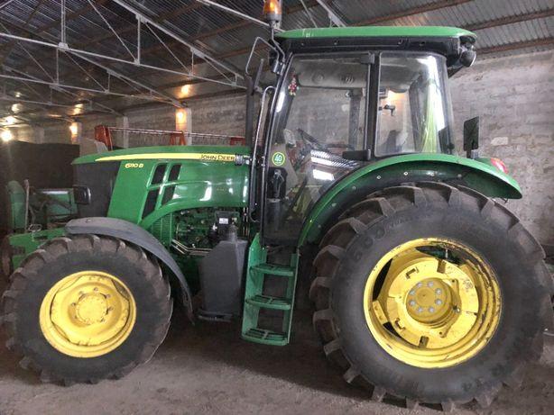 Трактор JOHN DEERE 6110B Premium