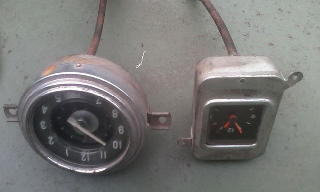 Часы автомобиля ГАЗ