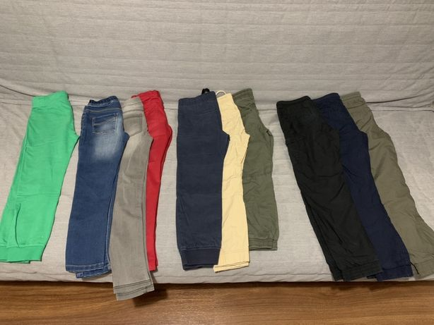 10 par spodni. Rozm 128cm