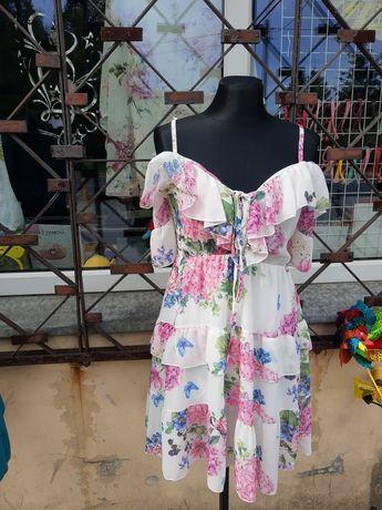 Sprzedam nowe sukienki