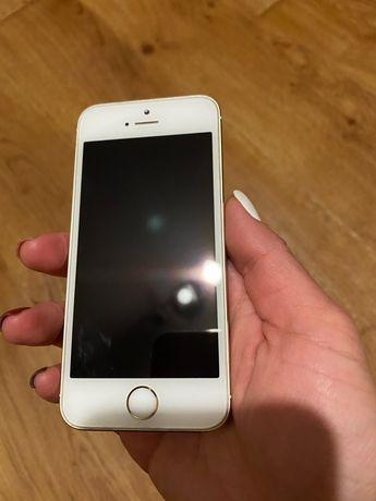 Продам IPhone5s состояние нового