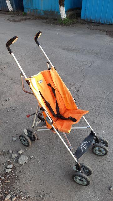 Продам коляску трость Chicco