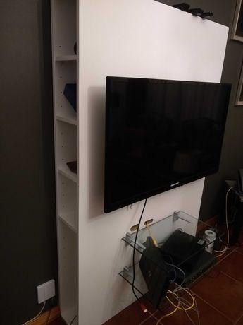 Móvel TV parede com arrumação