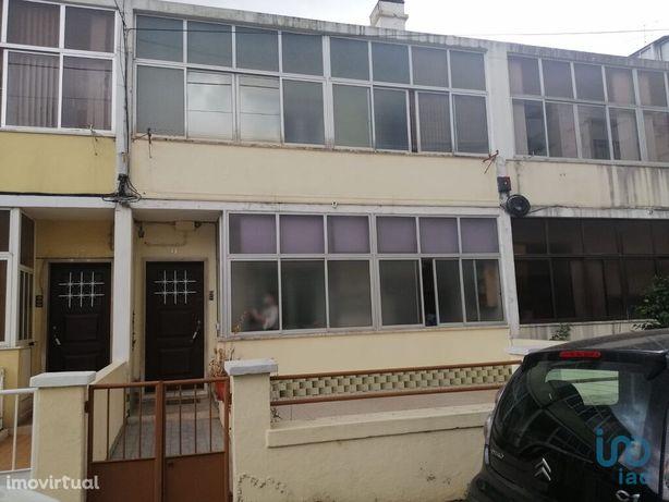 Moradia - 127 m² - T4