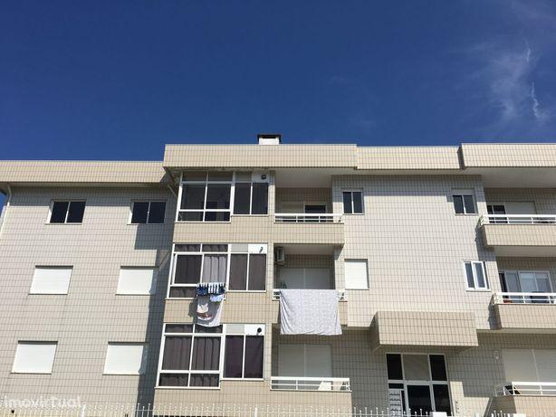 Apartamento T2, Escapães