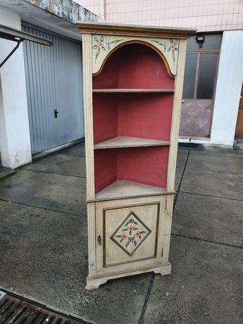 Armário de canto em madeira para restaurar