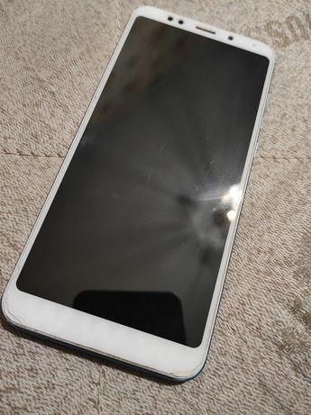 Xiaomi Redmi 5 plus + павербанк на 5000
