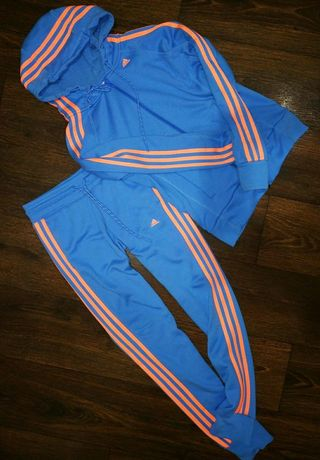 Костюм adidas essentials