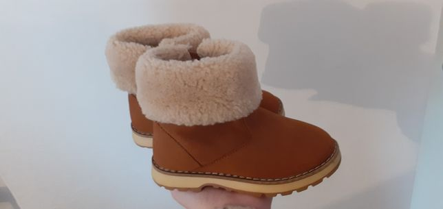 Buty zimowe ocieplane Zara 24