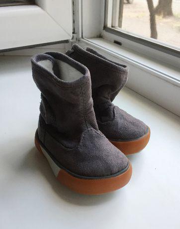 Сапоги детские H&M / Ботинки / Угги / размер 14-15