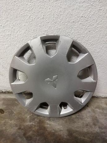 Tampão de roda Mitsubishi Colt jante 14