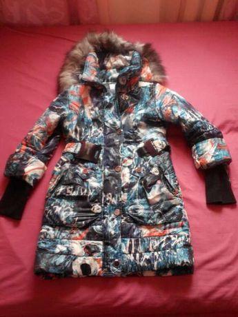 Продам зимнюю куртку на синтапоне.