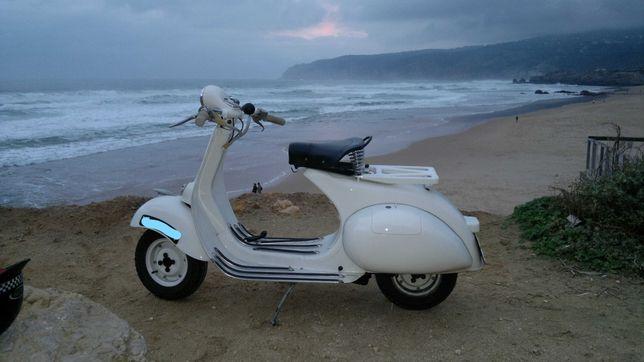 Vespa VL 2  100% 150cc de 1955 trabalha na perfeição