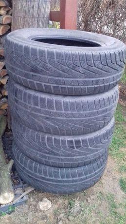 Opony zimowe Pirelli 215/65r 16  98h