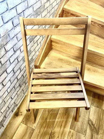 Krzesła drewniane składane