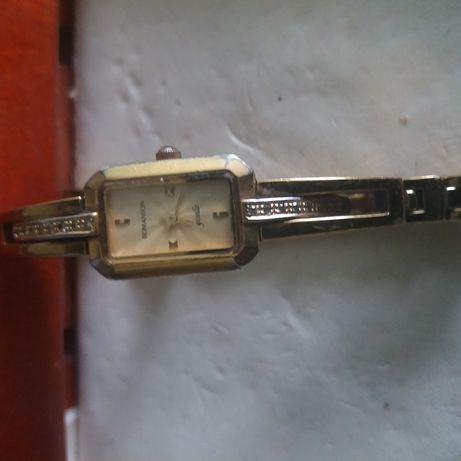 Швейцарские часы-Romanson