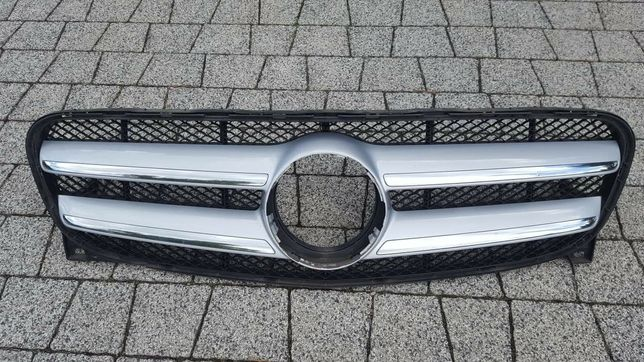 Gril Mercedes GLA 220