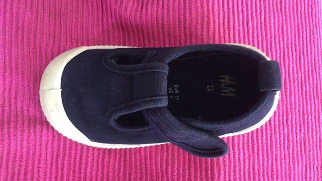 Детские босоножки H&M
