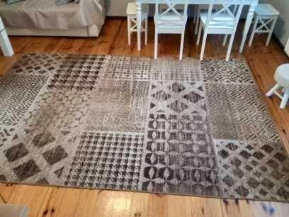 duży brązowy dywan 3x2